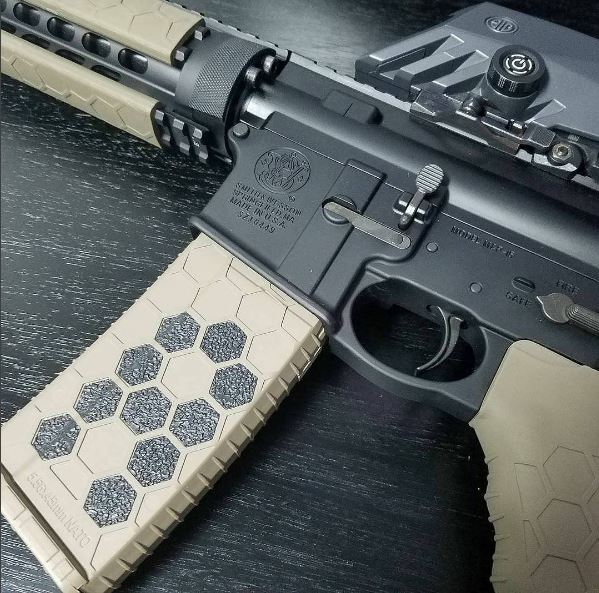Customizing Hexmag Magazines And Grips With Hexmag Grip